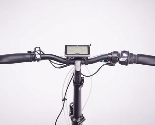 אופניים חשמליים דגם מגנום קרייסלר הטופ שבאופניים החשמליים. אופניים חשמליים סוללה 48 וולט, מושב רך ומפנק ובולמי זעזועים סנטור.