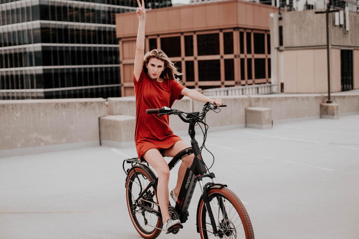 מבחר דגמים חדשים ל אופניים חשמליים ב מגנום בייקס